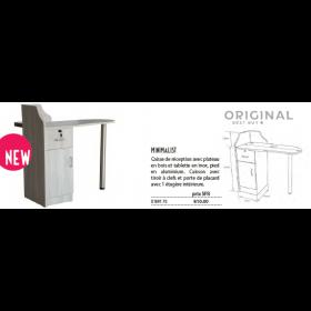 0189170 MINIMALIST Caisse de réception avec plateau en bois et tablette en inox, pied en aluminium.