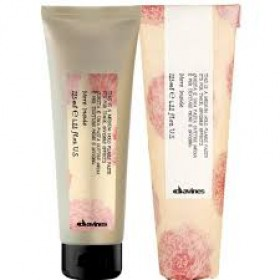 DAVINES MORE INSIDE This is a medium hold pliable paste 125ml